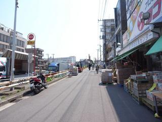 中央市場通り