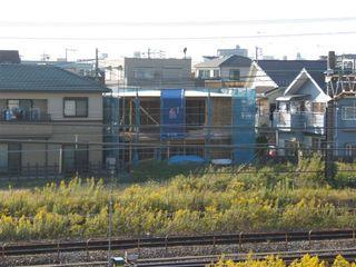 線路際分譲住宅の現場