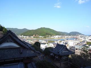 薬王寺から見た美波町の風景