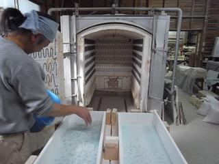 蛍硝子の製作